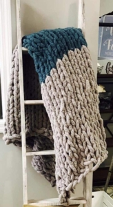 New Event - DIY Cozy Chunky Blanket