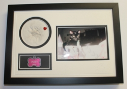 Smokey's Bear Hug Paw Print Frames - My Pet 'Paw Print' Picture Frame - 8 1/2 x 12 1/2 inches [click to enlarge]