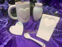 """Discount Party-Pack Ceramics """"To Go"""" - All You Need is Love"""